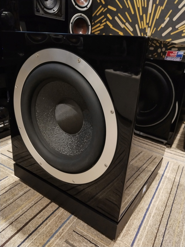 "Bowers & Wilkins - DB1 - 12"" Active Subwoofer  (Used) Img_2383"