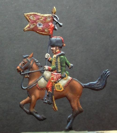 Hussard 1806 et étendard des dragons de la Reine de Prusse Dsc00410