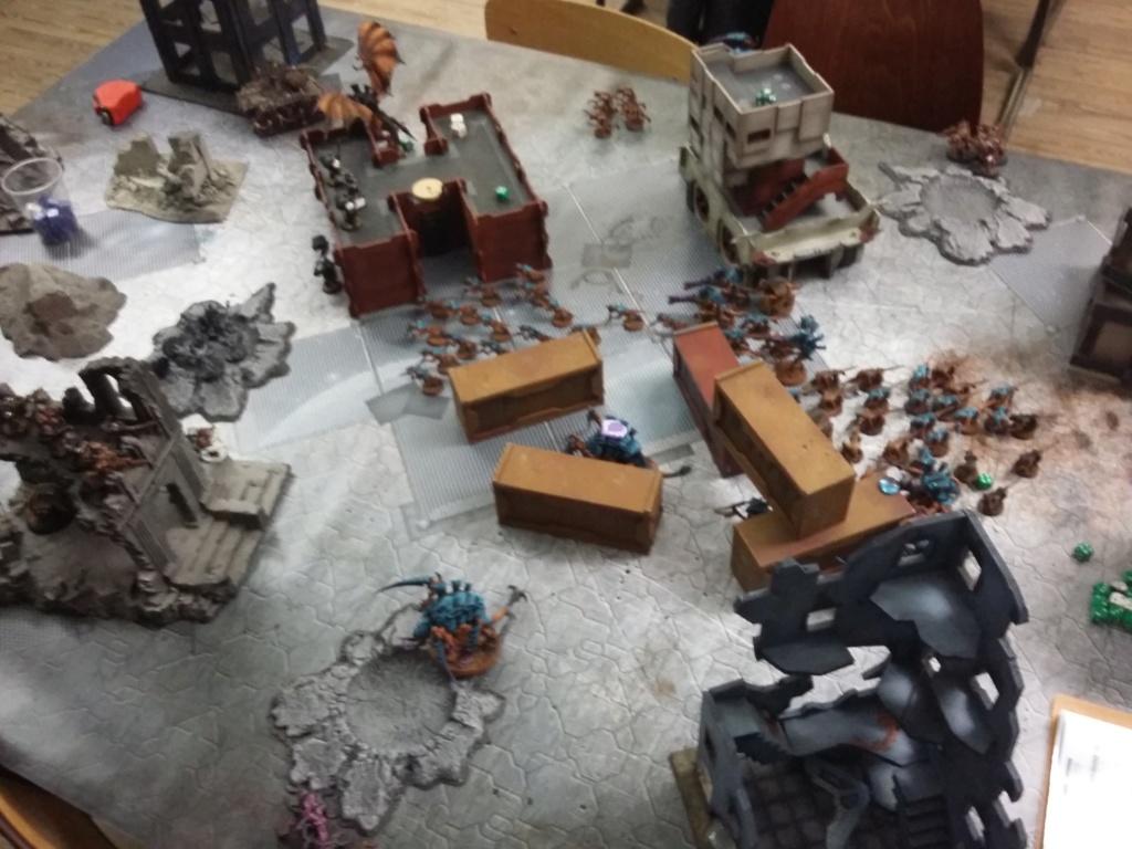 Tom (Tyranides) VS Fredo (Marines du chaos) le 28 12 18 20181211