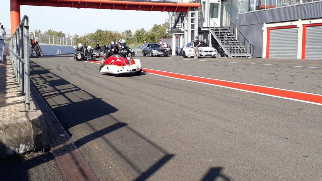 WE side car au circuit du VIGEANT  20181033