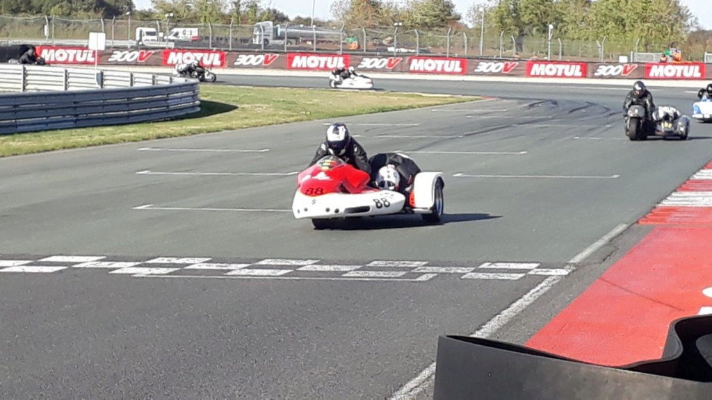 WE side car au circuit du VIGEANT  20181079