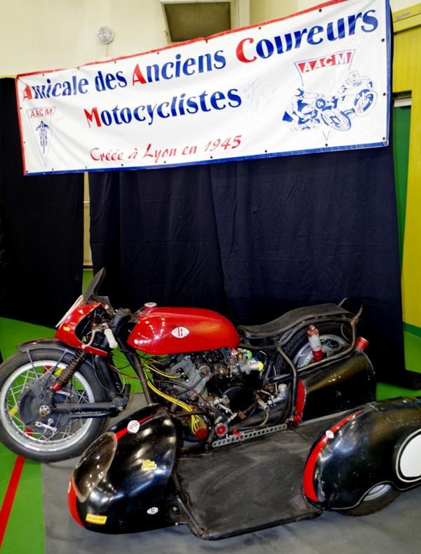 [SORTIE] Amicale - des anciens – coureurs - motocycliste - Page 2 Imgp0213
