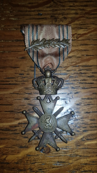 3 médailles belge retrouvée chez ma grand-mère  20190913