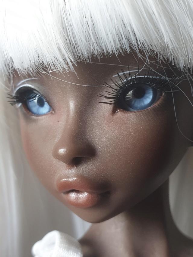Blue eyes p.2 [Rhubarbe et Raspberry - Nobles Dolls] - Page 2 Ba0ca110