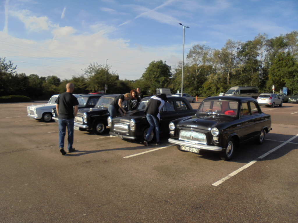 South Mimms services before the Jacks Hill convoy. Dsc00215