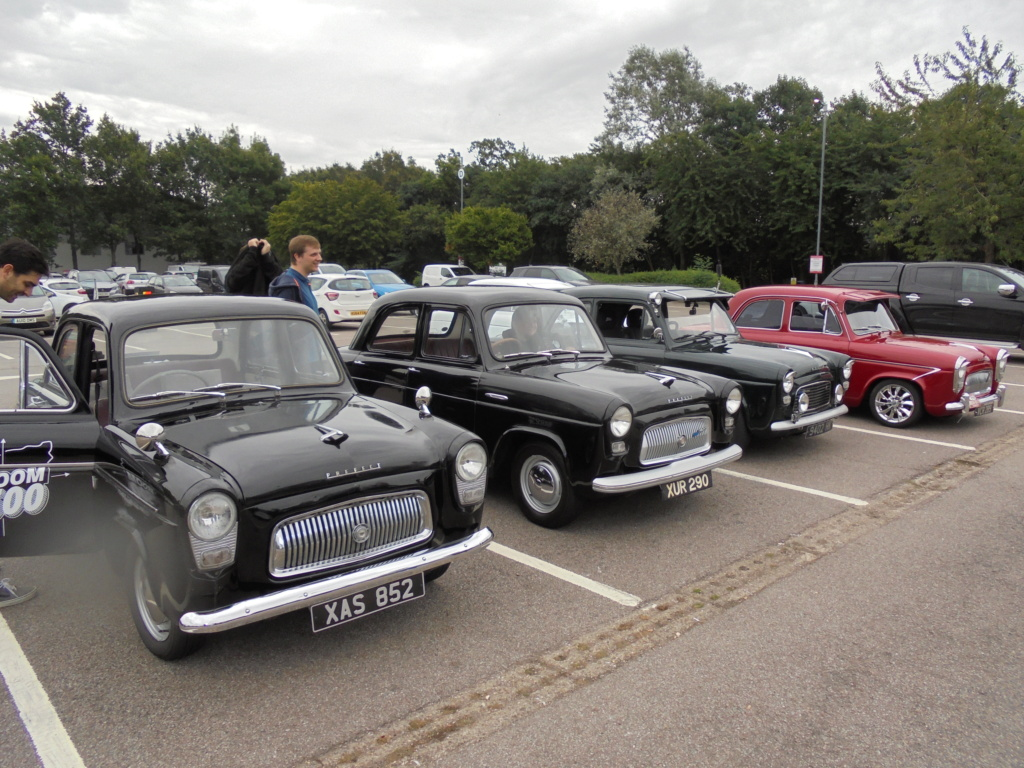 South Mimms before going to the Ace Cafe. Dsc00638