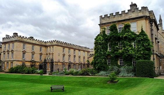 Playlist (136) Oxford10
