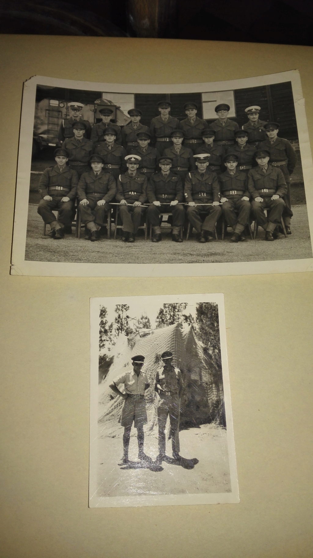 Quelques belles photos WW2 à situer /dater Img_2095