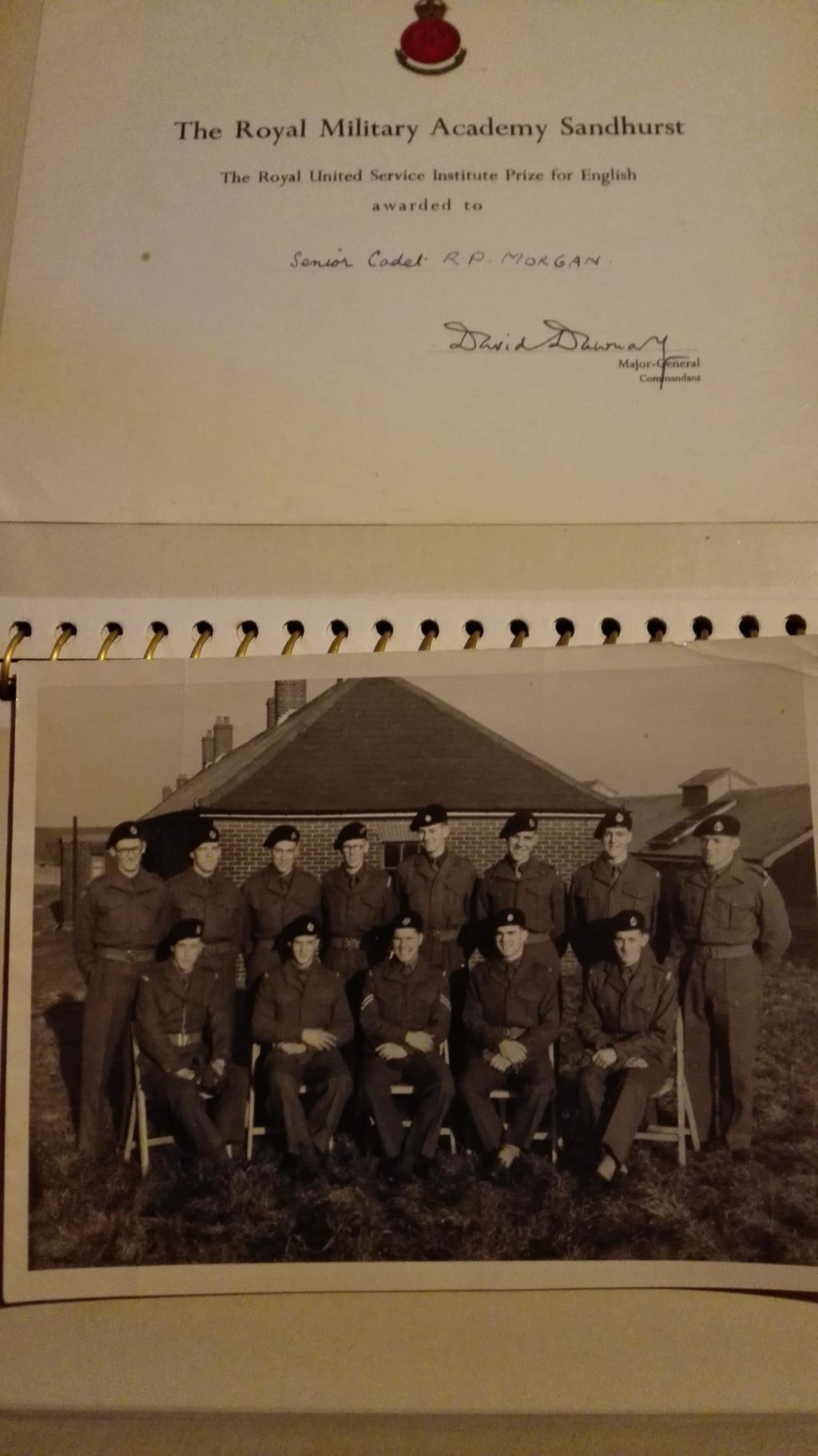 Quelques belles photos WW2 à situer /dater Img_2097