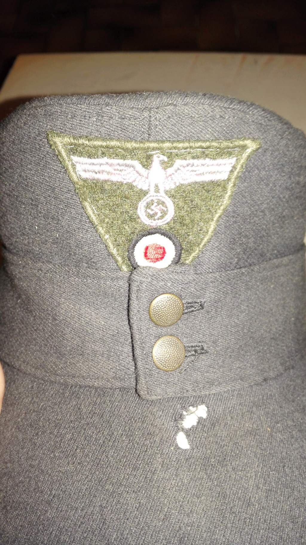 Plusieurs calots , bérets et casquettes à identifier  Img_2134