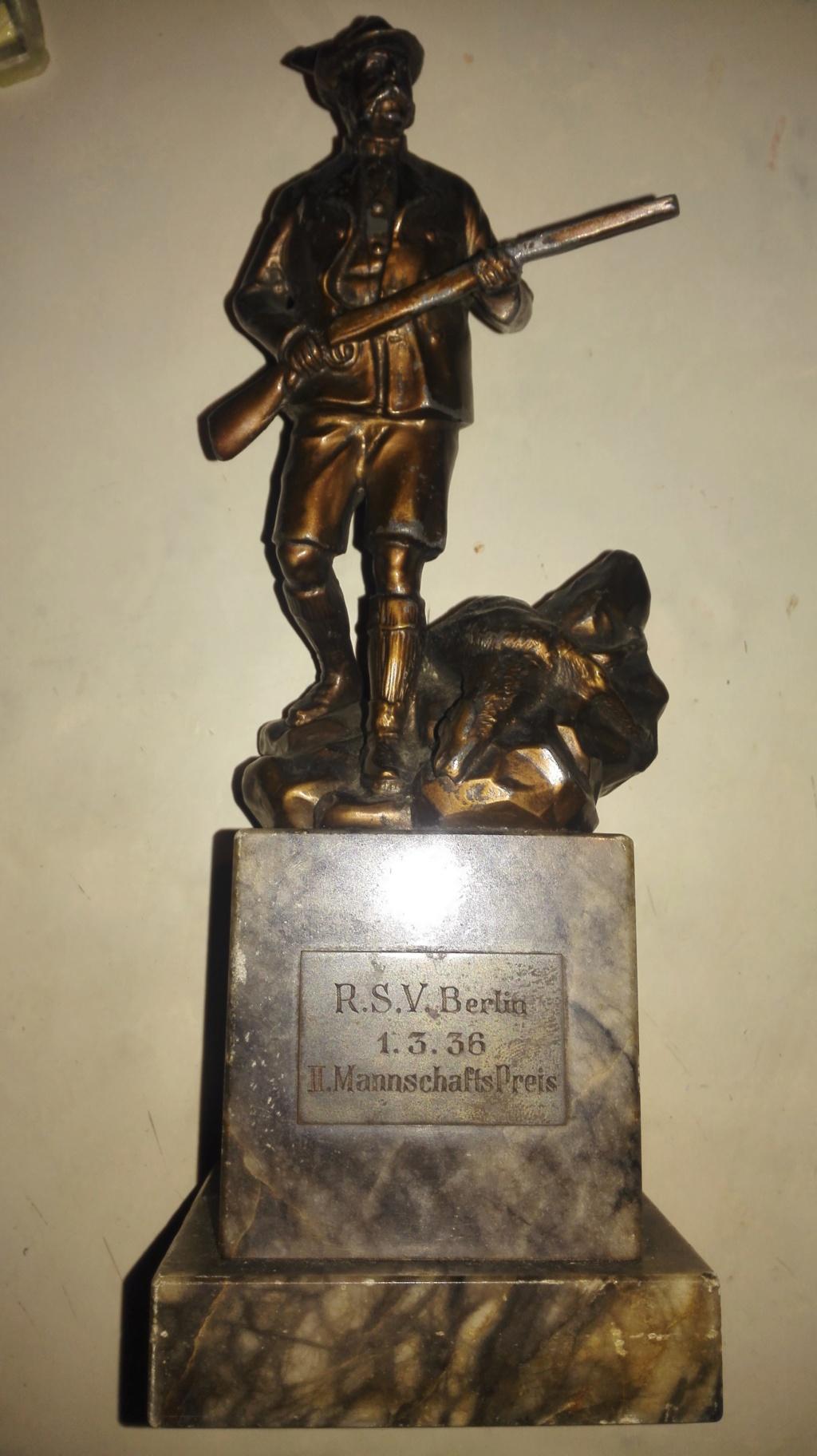 Récompense , trophée chasse?   Berlin 1936 Img_2220