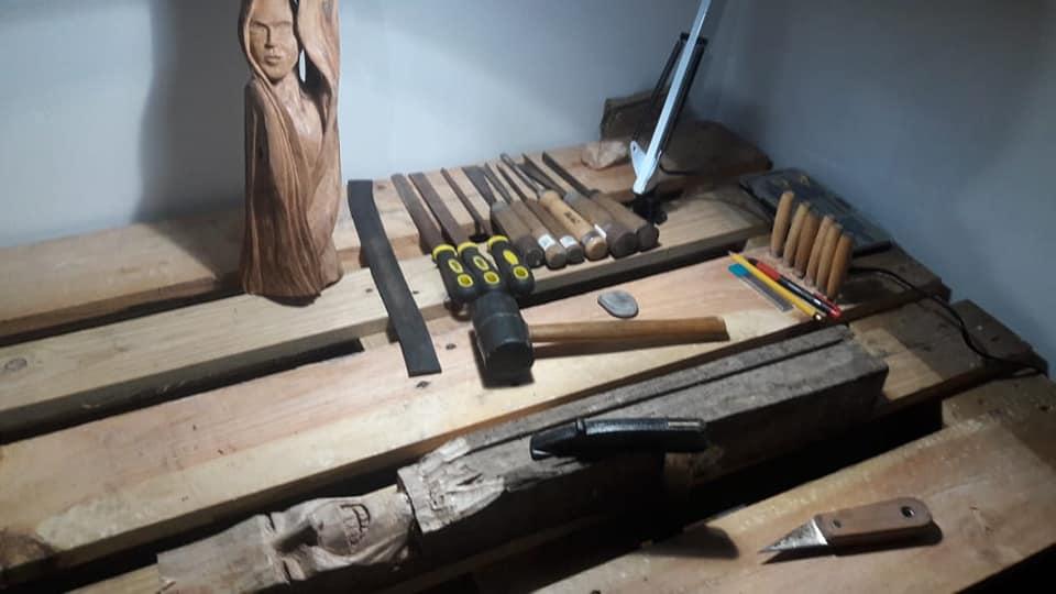 Mon modeste atelier 40044311