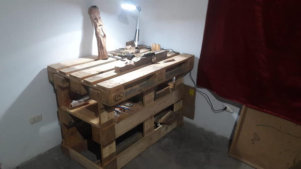 Mon modeste atelier 40047011
