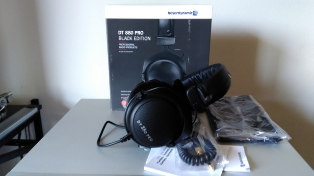( UD ) Beyerdynamic dt 880 Pro black edition P_201125