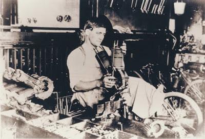 Visite photographique de l'usine Indian... en 1908 Indian15