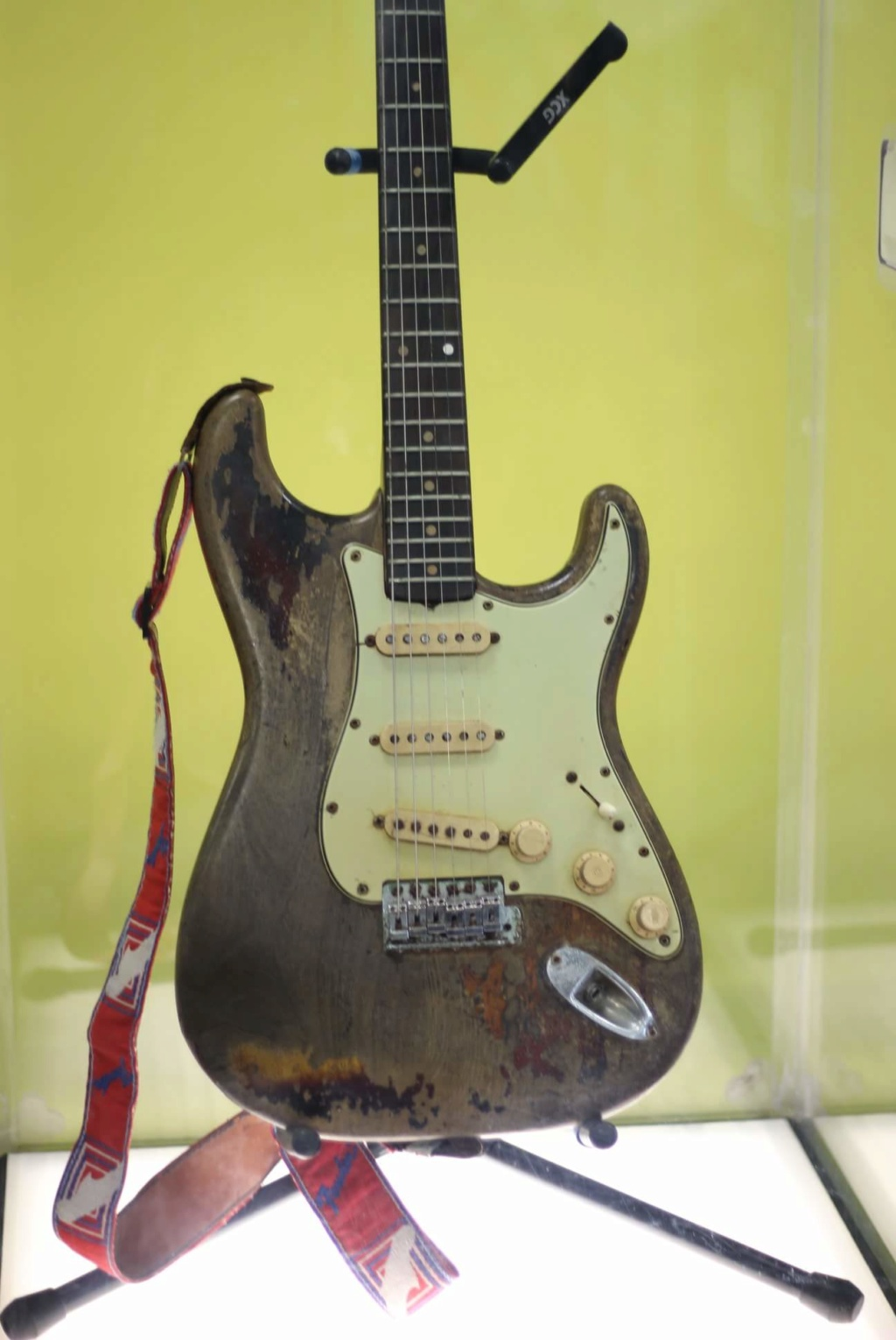 Fender Stratocaster 1961 - Page 15 42924711