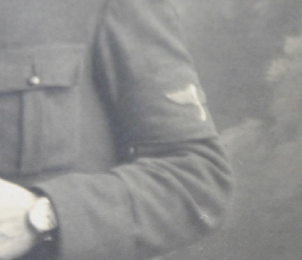 Identification d'un soldat avec un insigne d'avion Img_0710