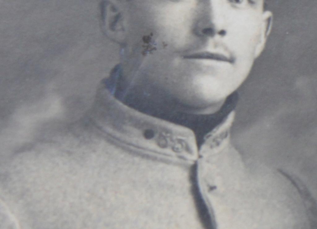 Identification d'un soldat avec un insigne d'avion Img_0713