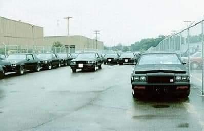 Buick Grand National.....une autre époque !! Gn_1111