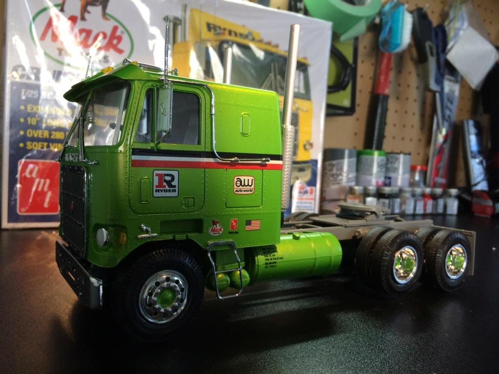 Mack Cruise Liner Cabover 1/25 Img_0519