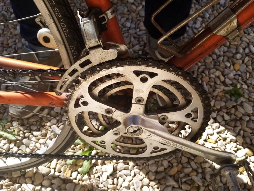 Vélo course de la marque RIVIERA Img_2013