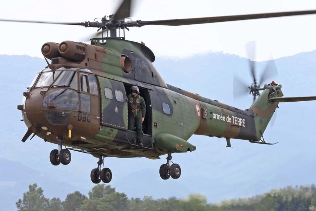 Décalcomanie alat pour hélicoptère puma et gazelles Receiv12