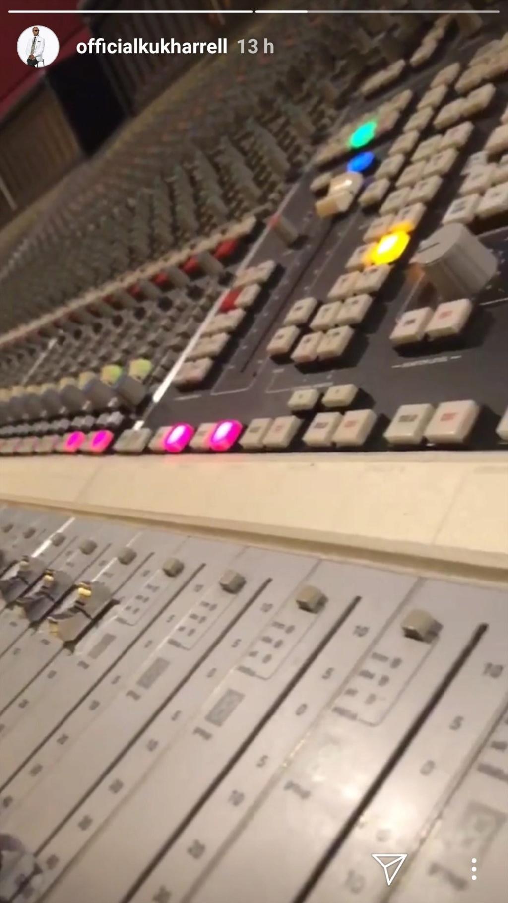 Rihanna >> preparando nuevo álbum - Página 19 Img_2069