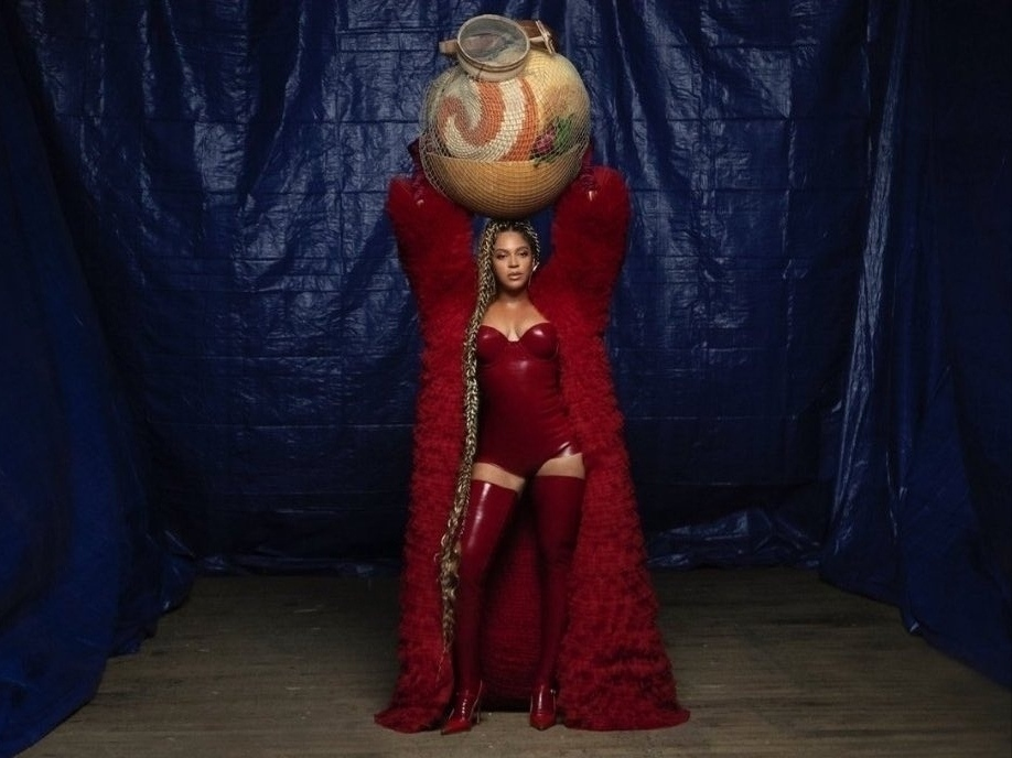"Beyoncé >> Visual album ""Black Is King"" - Página 4 Img_2363"