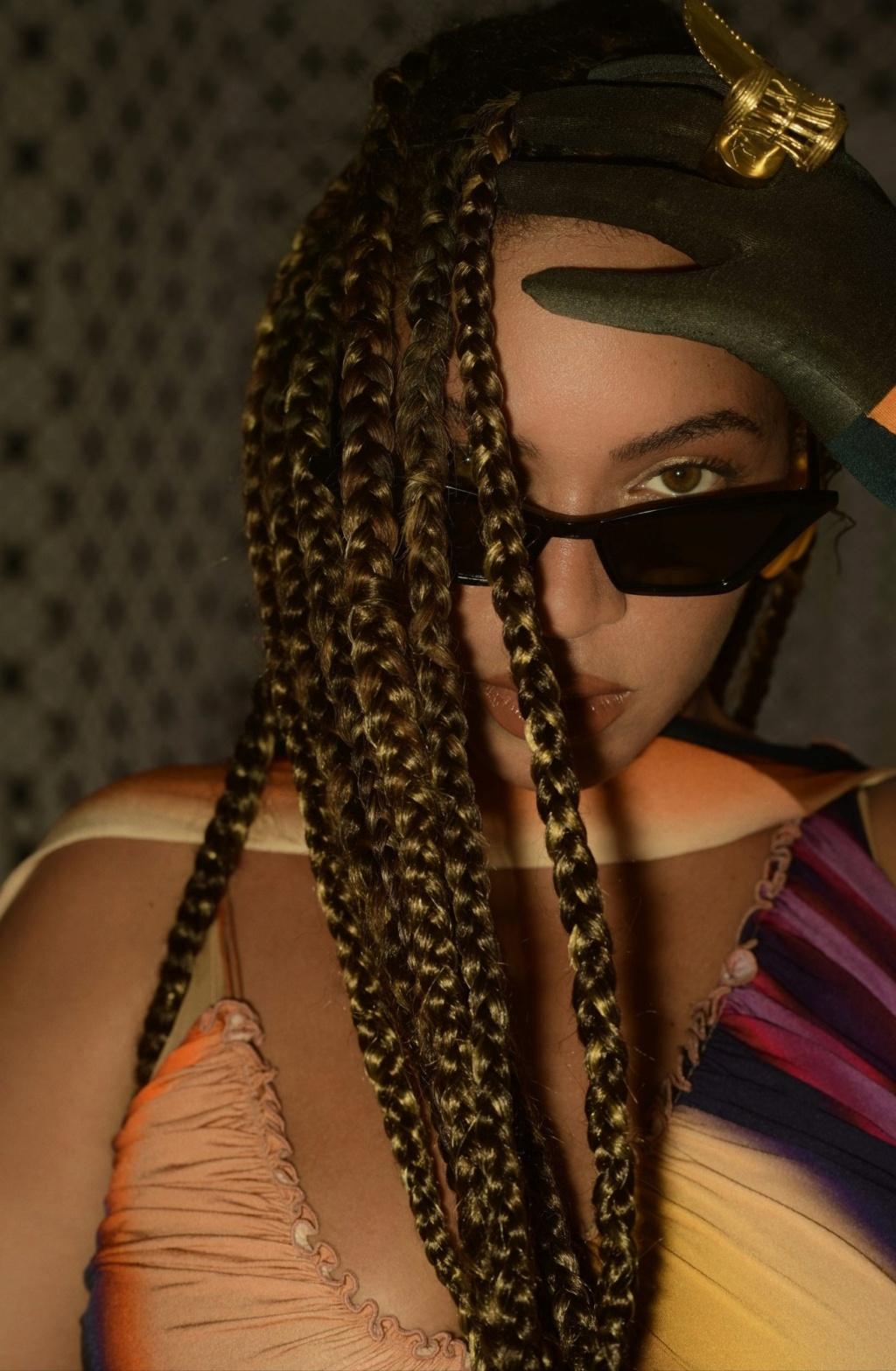 "Beyoncé >> Visual album ""Black Is King"" - Página 4 Img_2365"