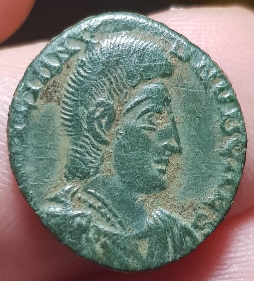 AE3 de Juliano II. FEL TEMP REPARATIO. Soldado alanceando a jinete - Arles 20200711