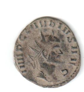 Antoniniano de Claudio II. VIRTVS AVG. Virtus estante a izq. Roma. Claud210