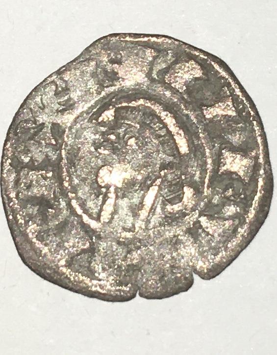 Dinero pepión de Alfonso VIII. Img_5118