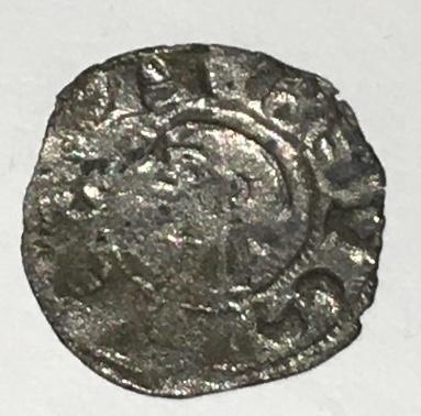 Dinero pepión de Alfonso VIII. Img_e522