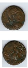 AE2 de Graciano. REPARATIO - REIPVB. Emperador dando la mano a mujer arrodillada.  Moneda10