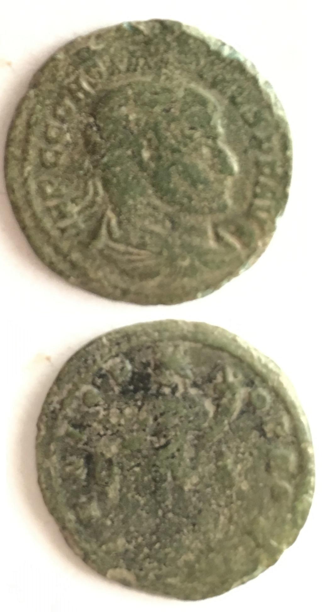 Nummus de Constantino I. GENIO POP ROM. Genio estante a izq. Ostia. Sin_tz10