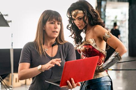 Wonder Woman 1984 Patty-10