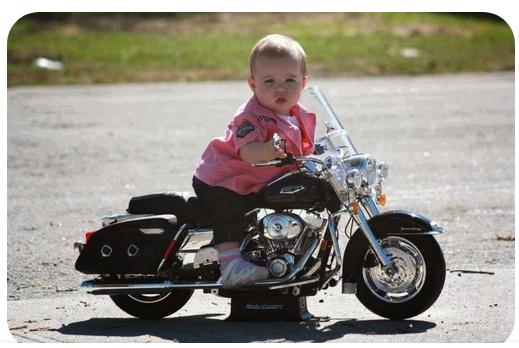 pour un bébé biker à venir - Page 2 Captu108