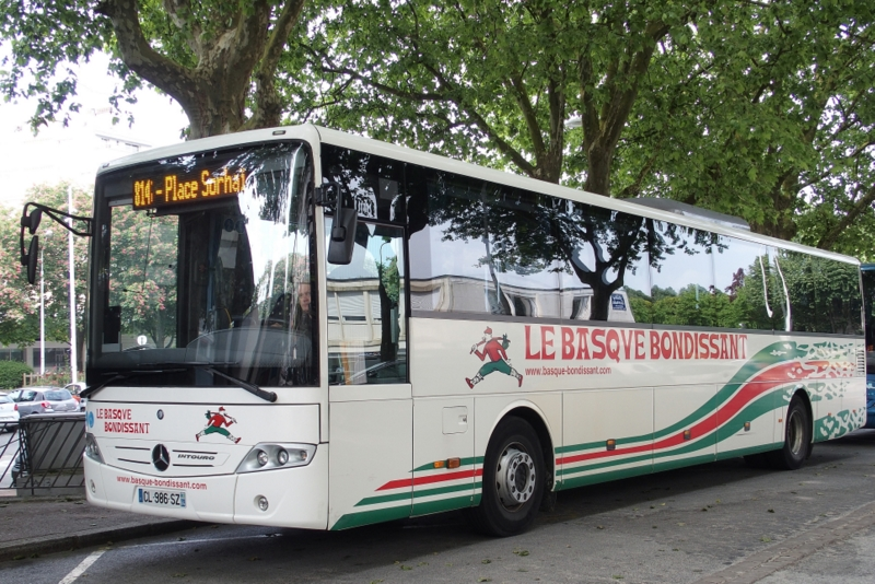 MERCEDES INTOURO P5180210