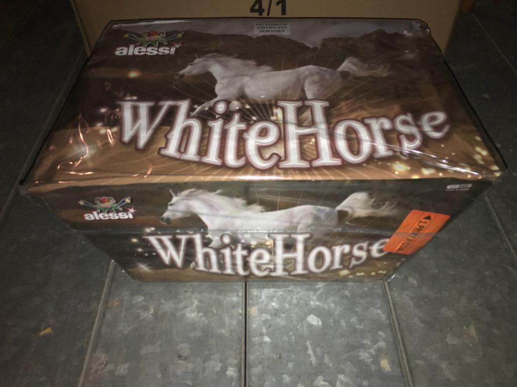 WHITE HORSE  Img_7712