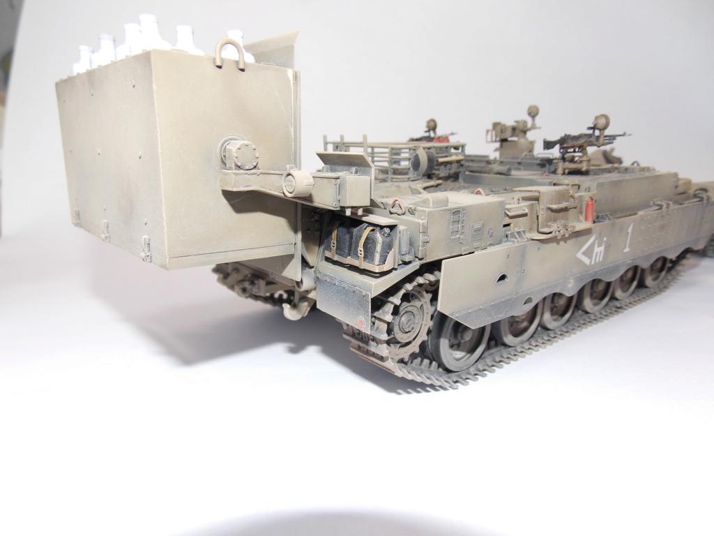Тяжелый БТР Пума с системой дистанционного разминирования. Dscn5341