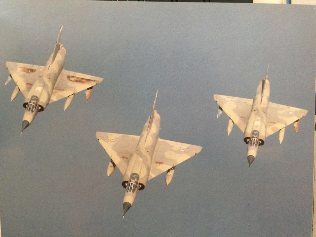 """Mirage IIIC """"Djibouti"""" Eduard 1/48 - Page 2 Img_2230"""