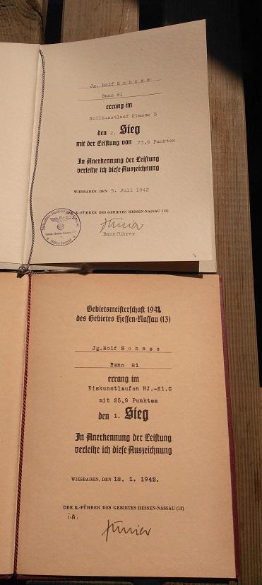 2 documents de 1942 Sports P_201434
