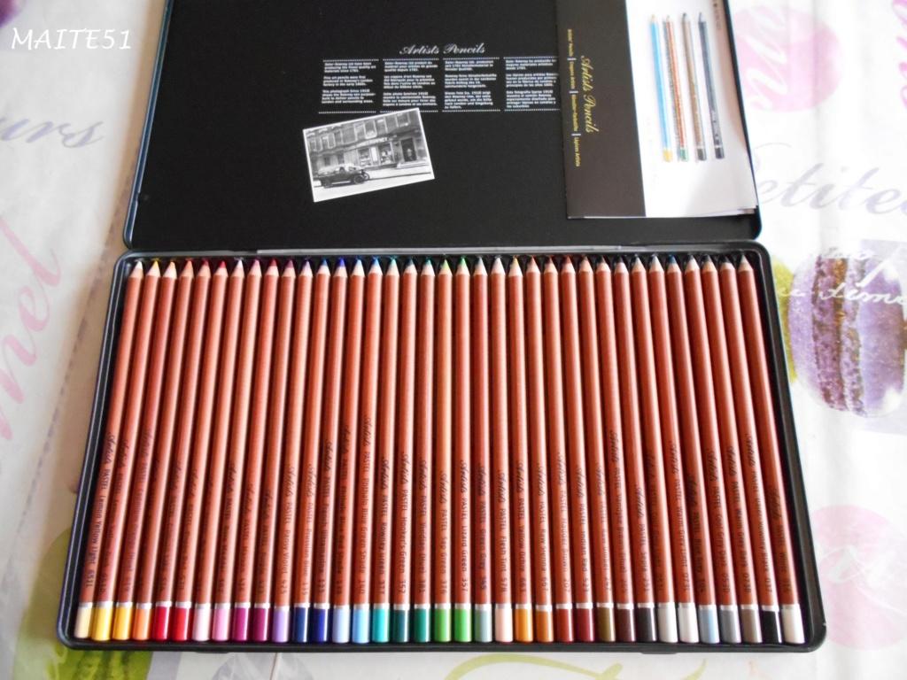 """Essai de dessin """"greysccale"""" et pastels secs... - Page 2 Boite_11"""