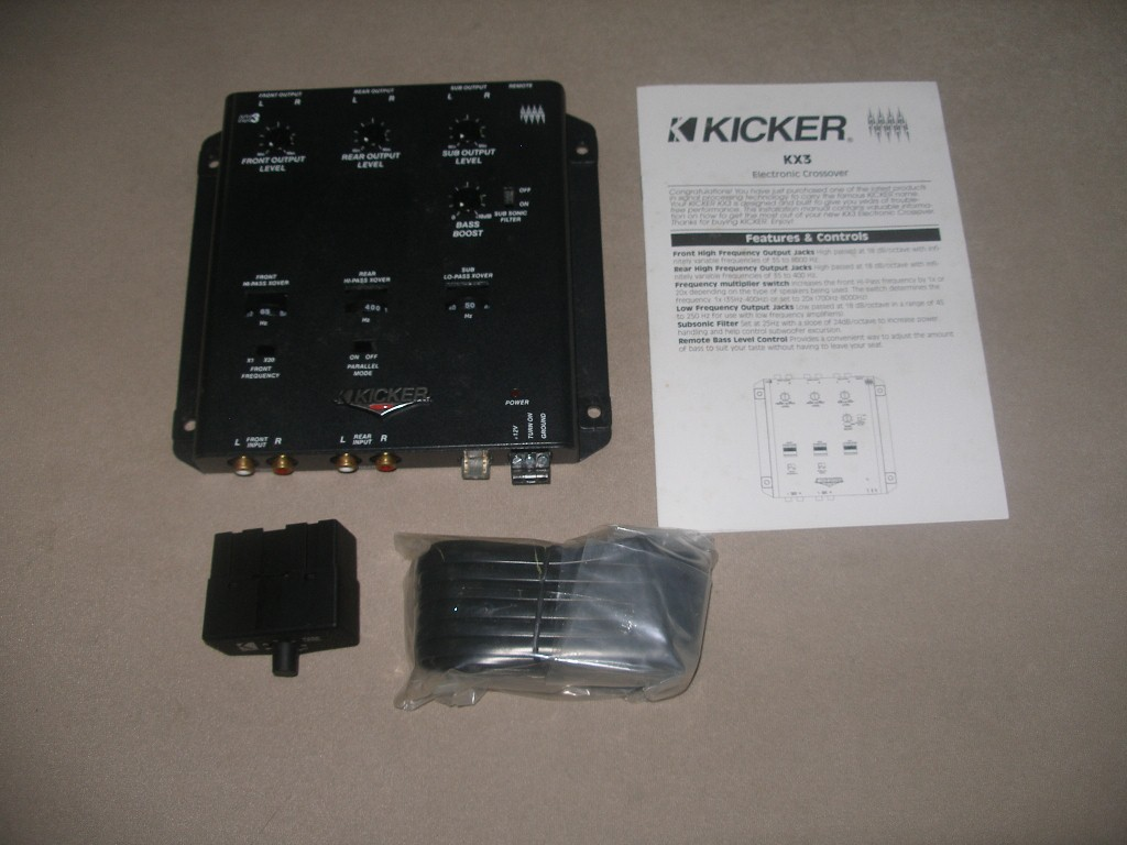 WTS Kicker 3-Way Electronic Crossover KX3 P7250221