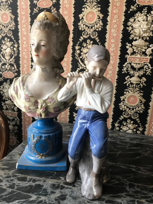 A vendre: bustes Marie Antoinette - Page 10 Zzzz17