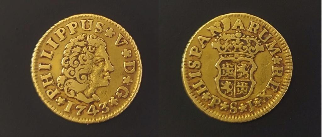 1/2 escudo Felipe V, Sevilla 1743 Escudo11