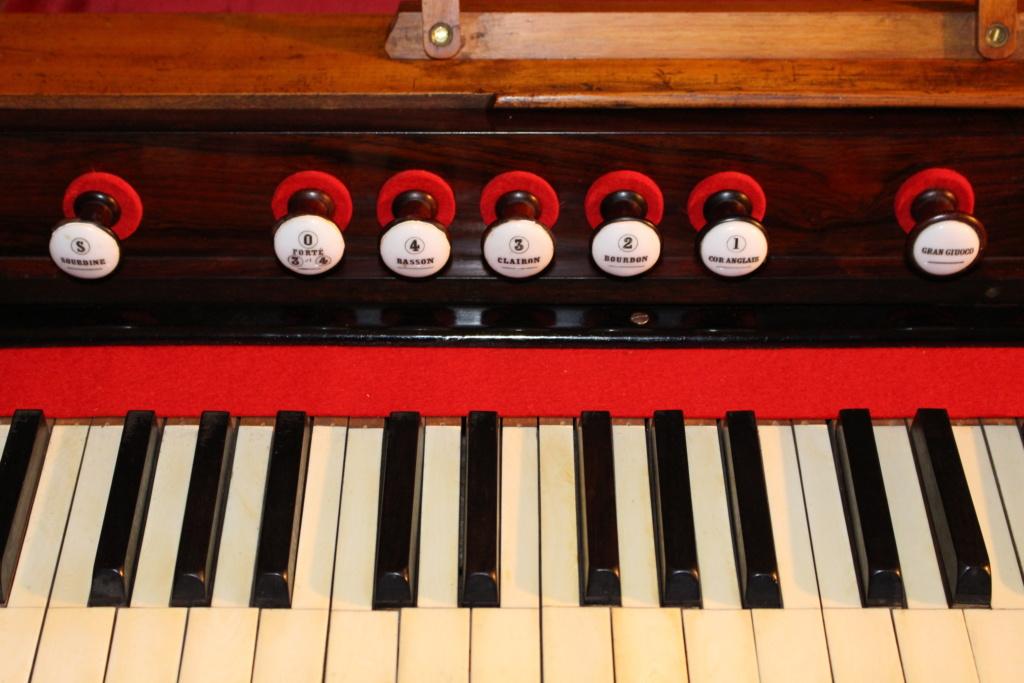 Harmonium Alexandre Père et Fils 4 jeux - 1864 n. 37359 Img_0415