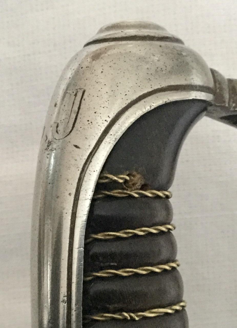 sabre 1882 réparation sur garde 7596e510