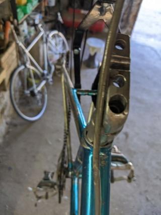 Vélo aluminim soudé, marque inconnue Img_2022