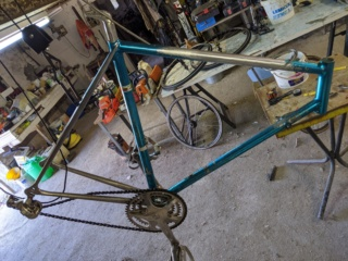 Vélo aluminim soudé, marque inconnue Img_2024